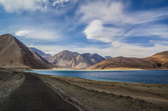 Ladakh – Experience Roof of the World